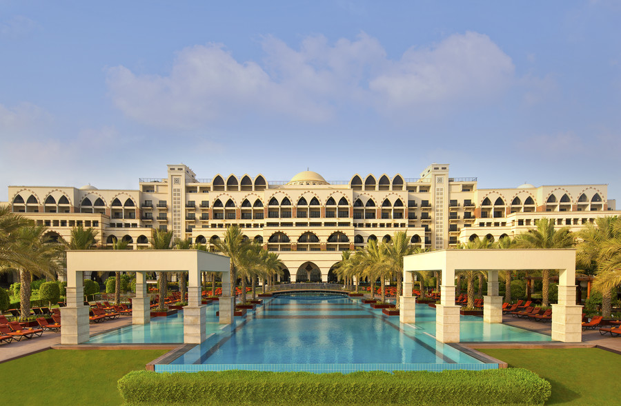 7 nights Dubai! Luxe hotel with HB & flights from Zagreb
